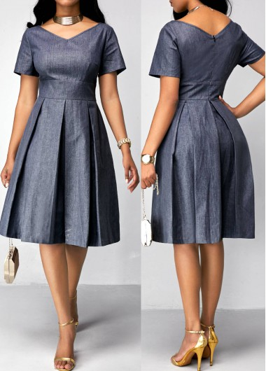 Buy online Band Waist Short Sleeve Pleated Dress
