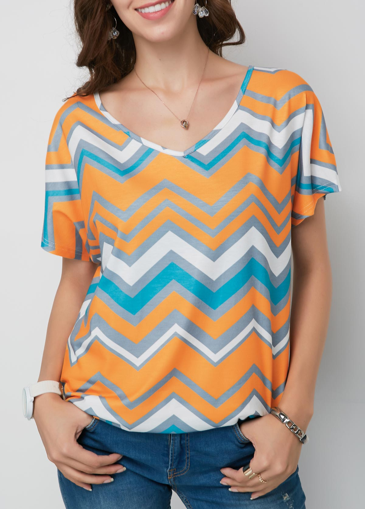 Chevron Print V Neck Short Sleeve T Shirt
