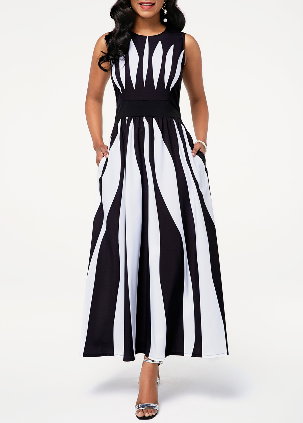 Round Neck Sleeveless Stripe Print Pocket Dress