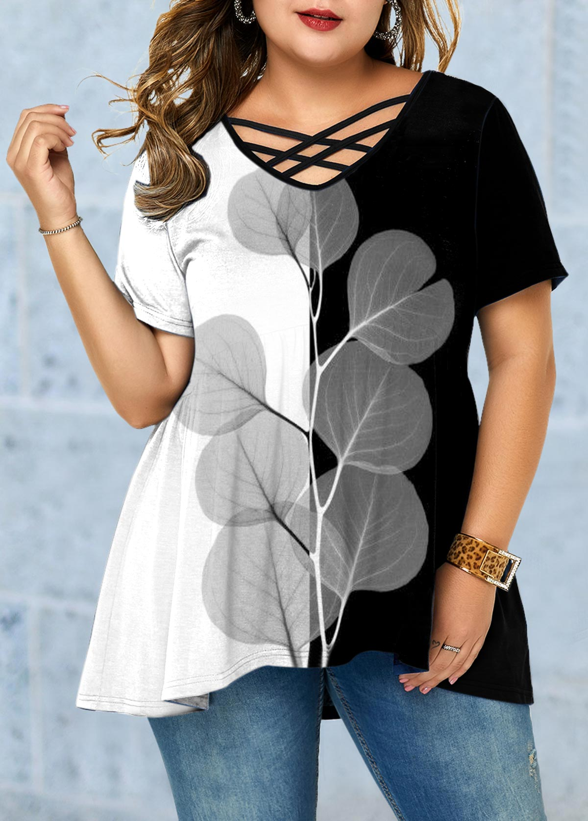 Leaf Print Color Block Plus Size T Shirt