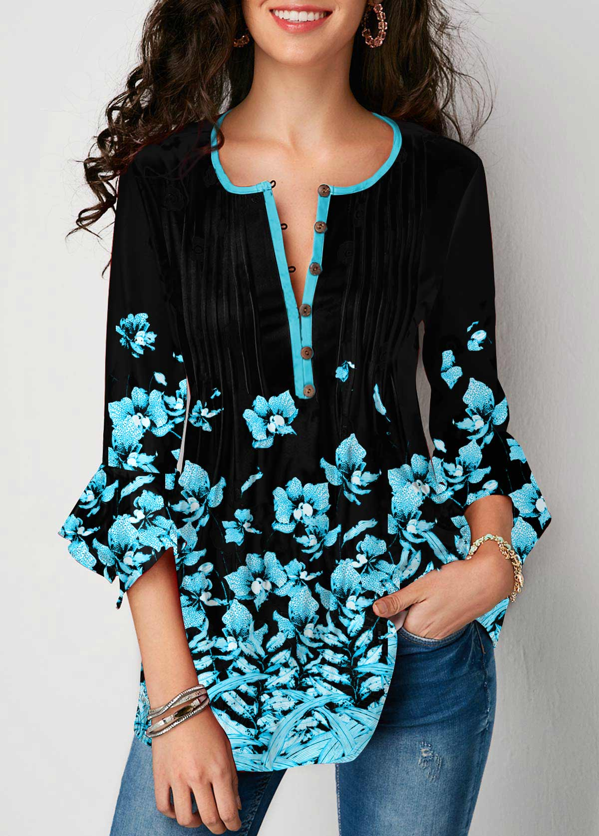 Floral Print Flare Cuff Crinkle Chest Blouse
