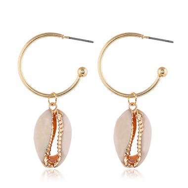 Seashell Shaped Gold Metal Earrings for Lady