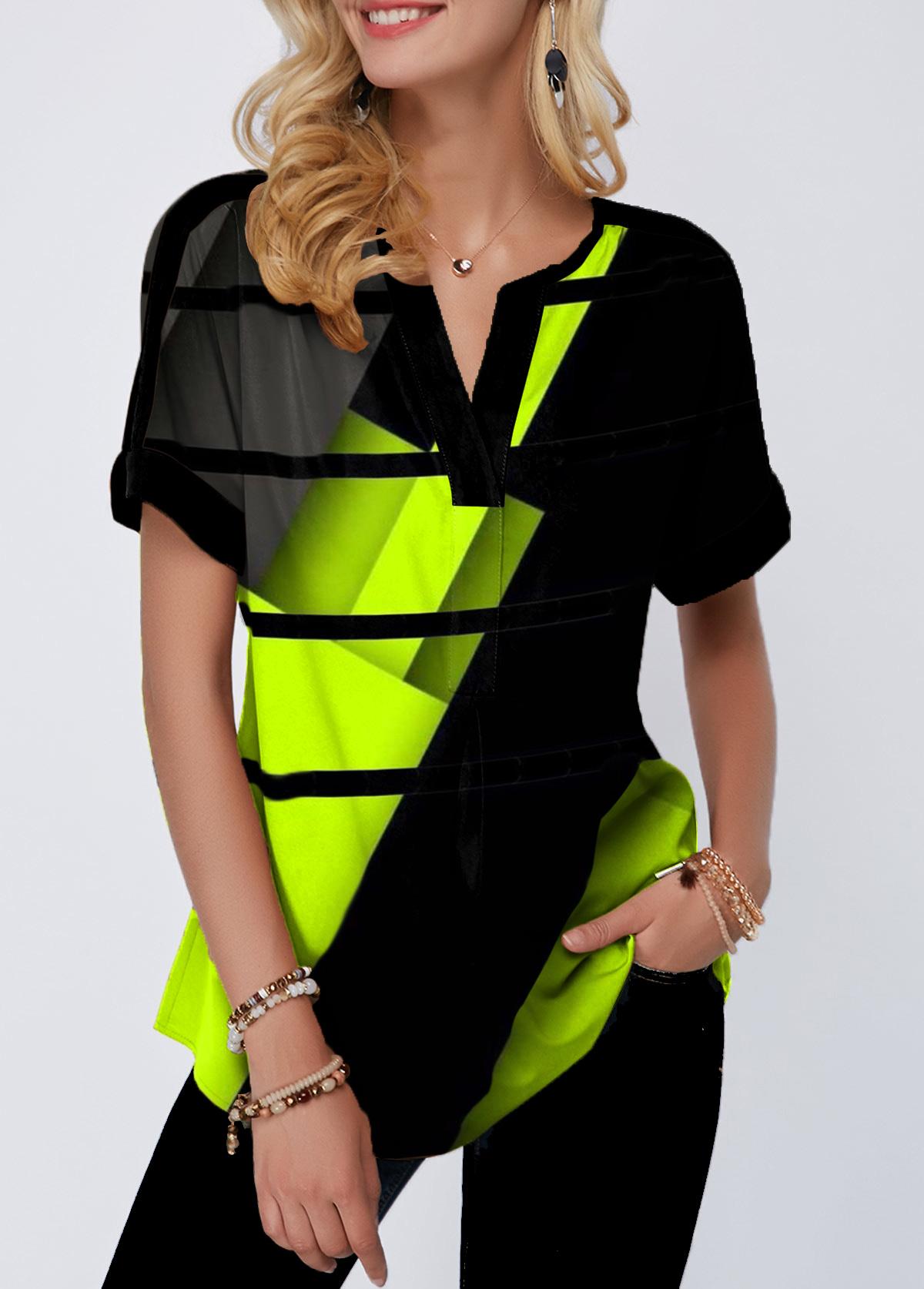 Geometric Print Notch Neck Short Sleeve Blouse
