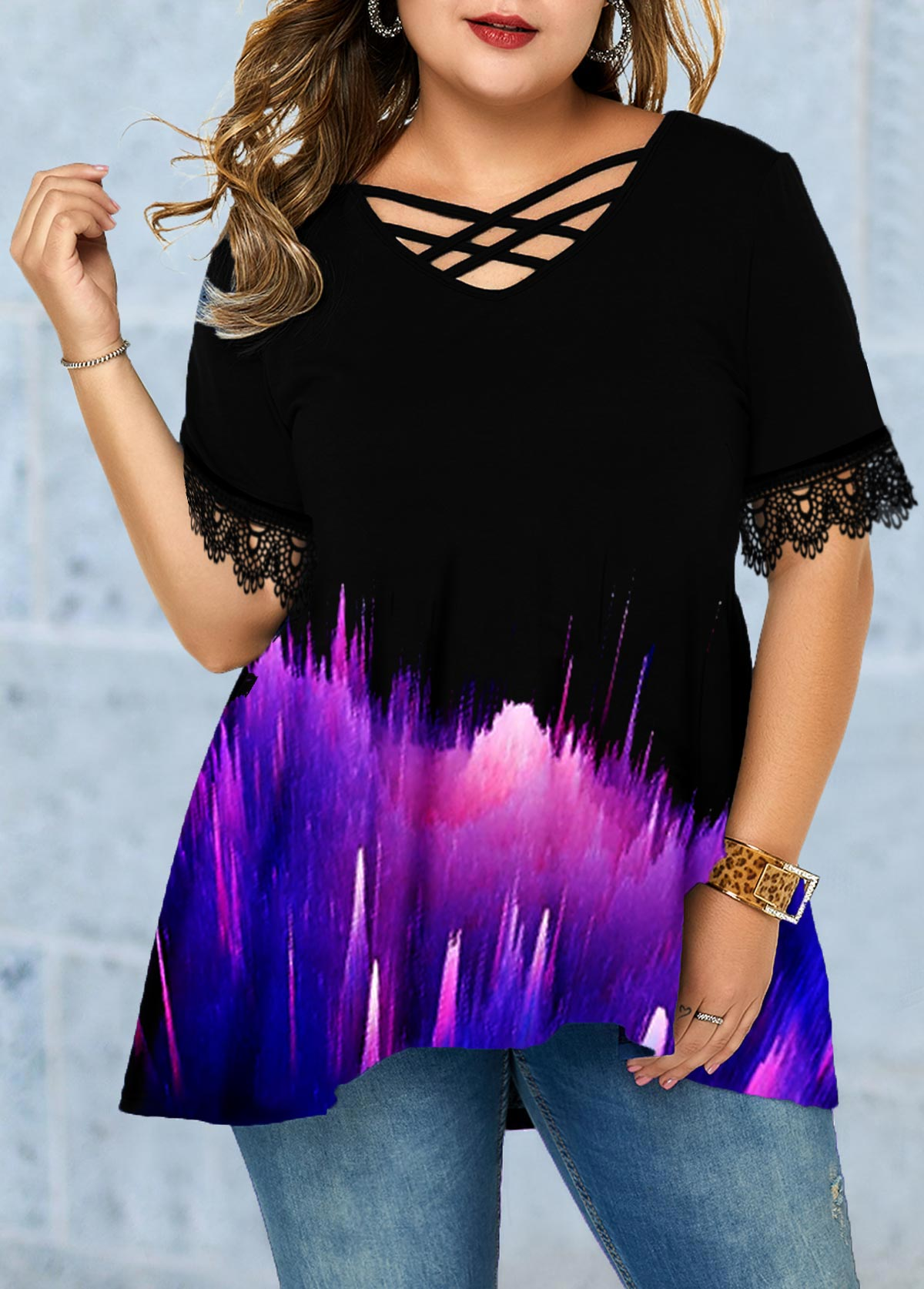Plus Size Lace Panel Printed T Shirt