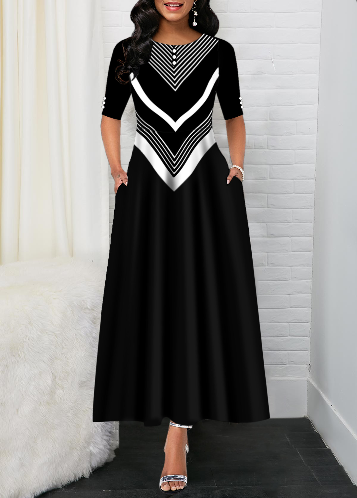 Black Back Zipper Chevron Print Maxi Dress