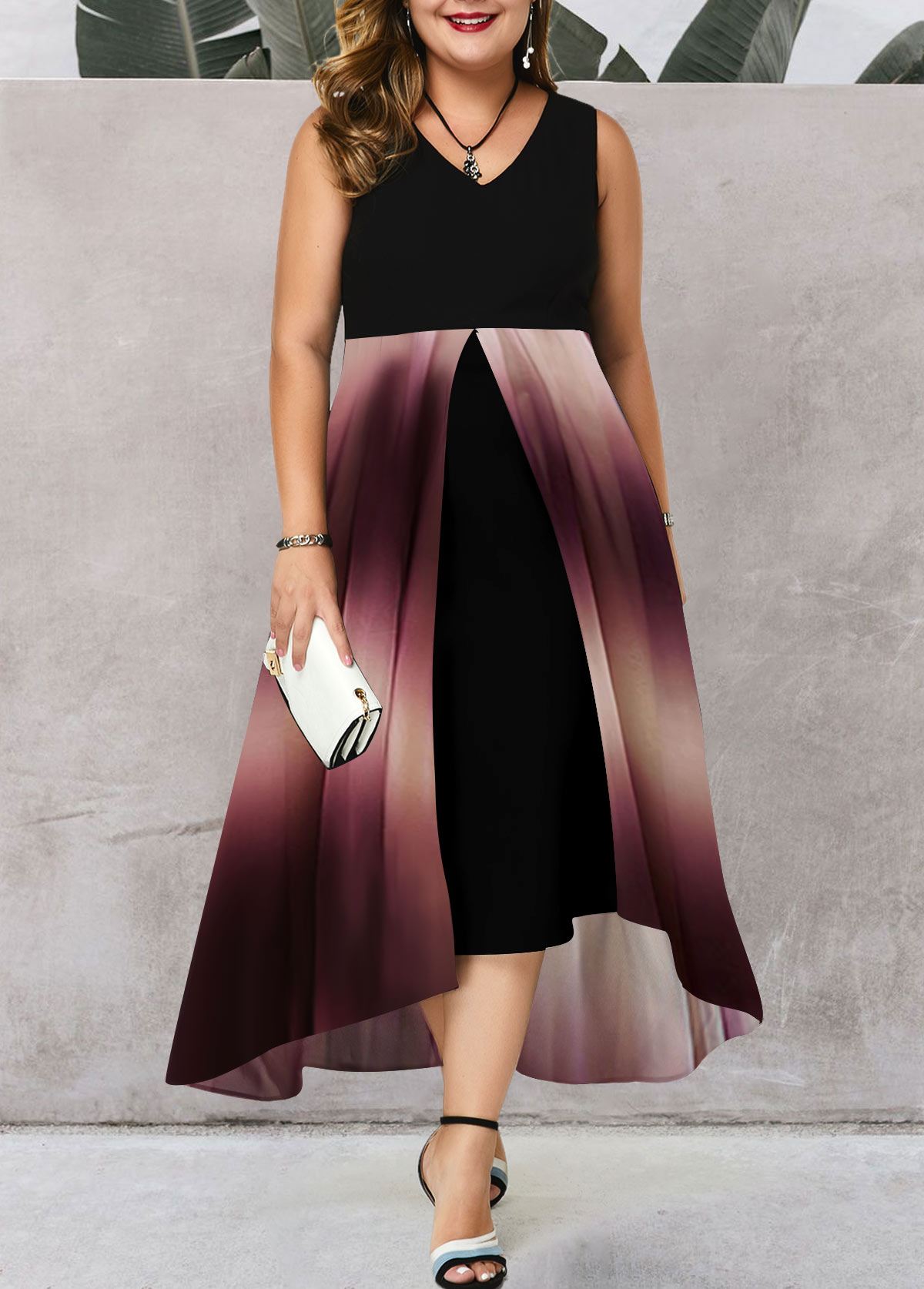 Plus Size V Neck Sleeveless Gradient Dress