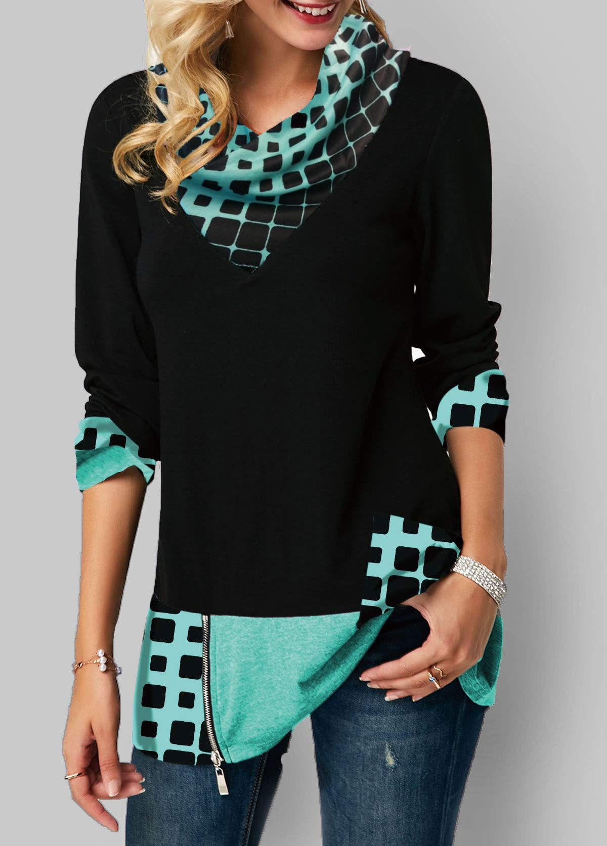 Geometric Print Long Sleeve Zipper Detail T Shirt
