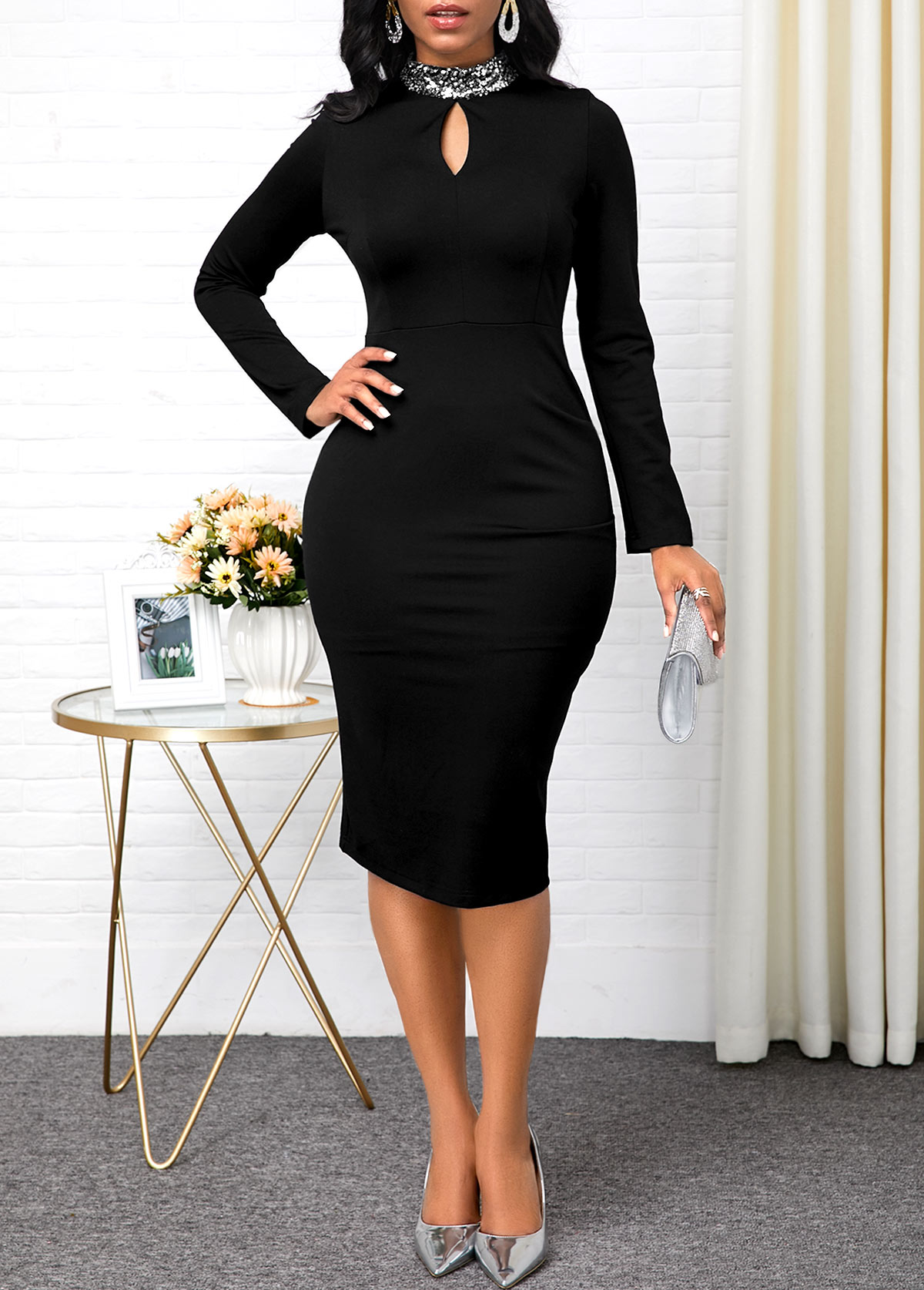 Keyhole Neckline Black Long Sleeve Dress