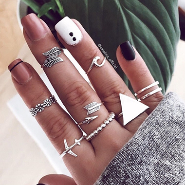 9pcs Triangle Shape Silver Metal Rings