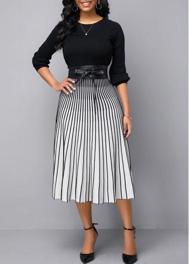 Vertical Striped Round Neck Sweater Dress - M