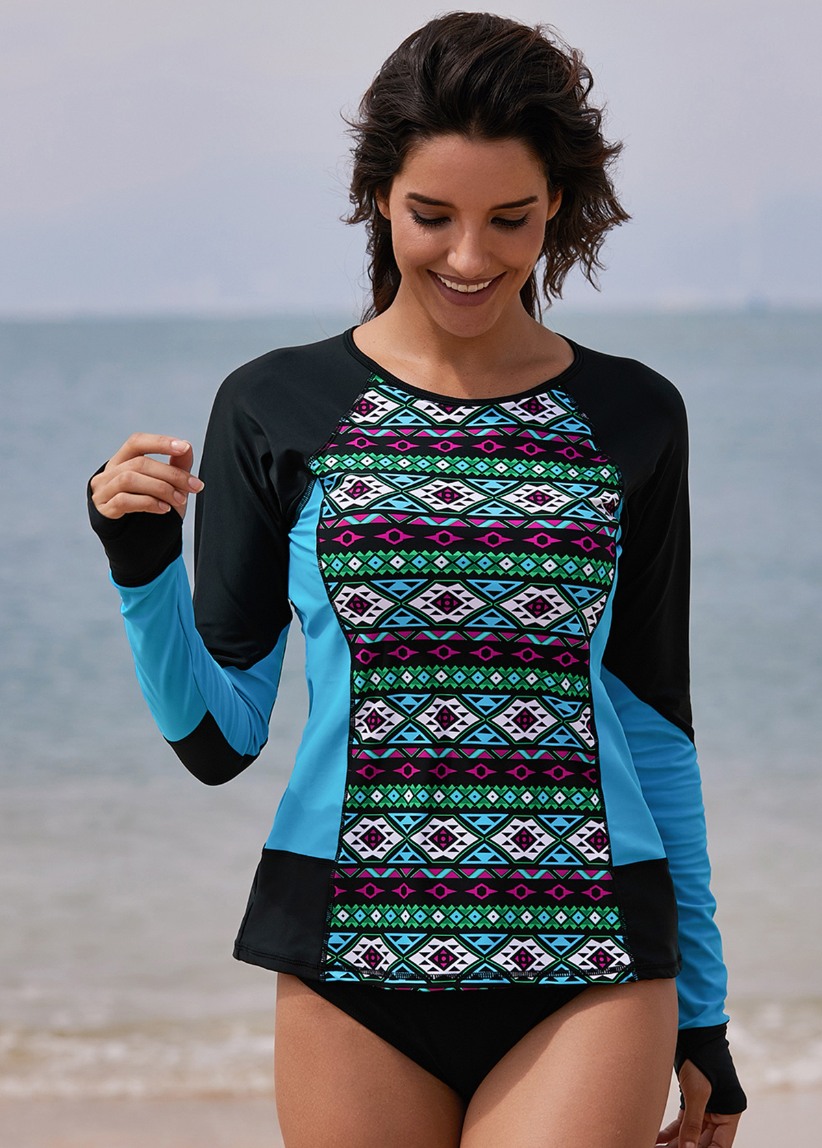 Geometric Print Round Neck Long Sleeve Swimwear Top