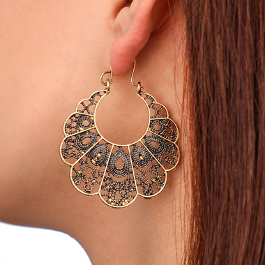 Pierced Curved Gold Metal Earring Set