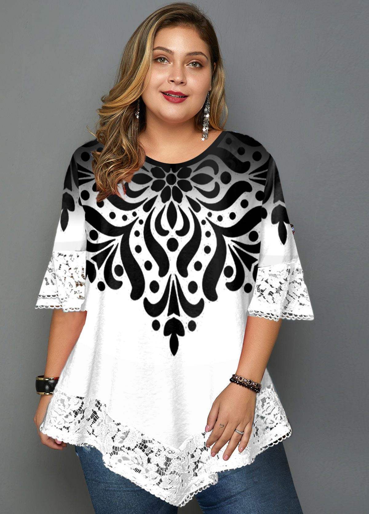 Plus Size Lace Panel Asymmetric Hem Printed T Shirt