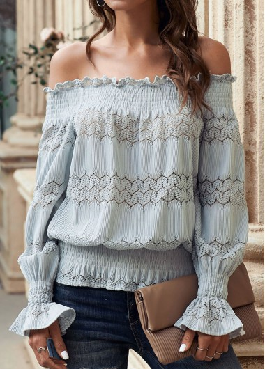 Off the Shoulder Printed Flare Cuff T Shirt - M