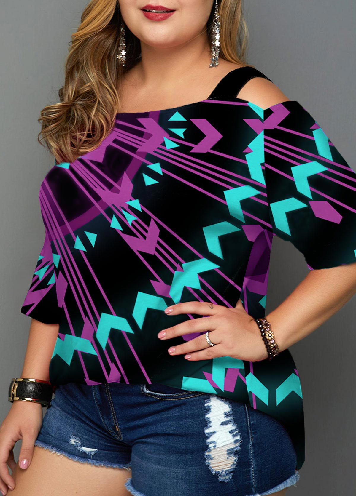 Plus Size Geometric Print Cold Shoulder T Shirt
