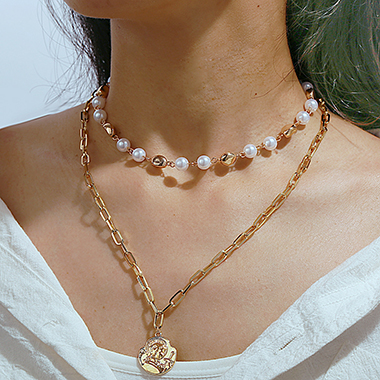 Layered Gold Metal Silhouette Design Necklace