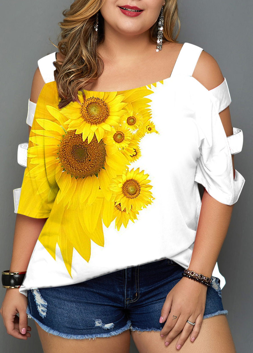 Plus Size Sunflower Print Ladder Cutout T Shirt