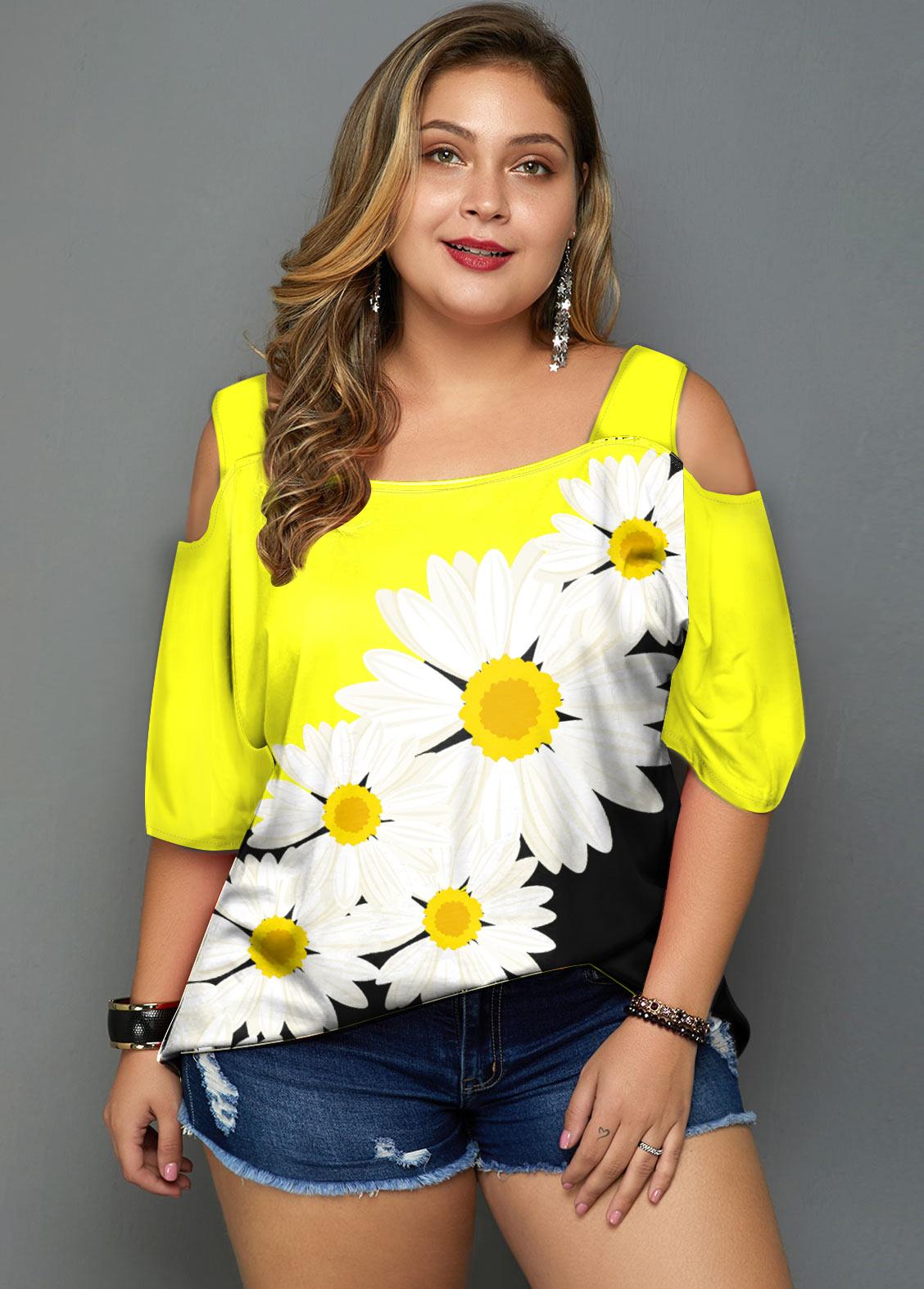 Plus Size Daisy Print Cold Shoulder T Shirt