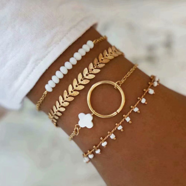 Leaf Design Gold Metal Chain Bracelet Set