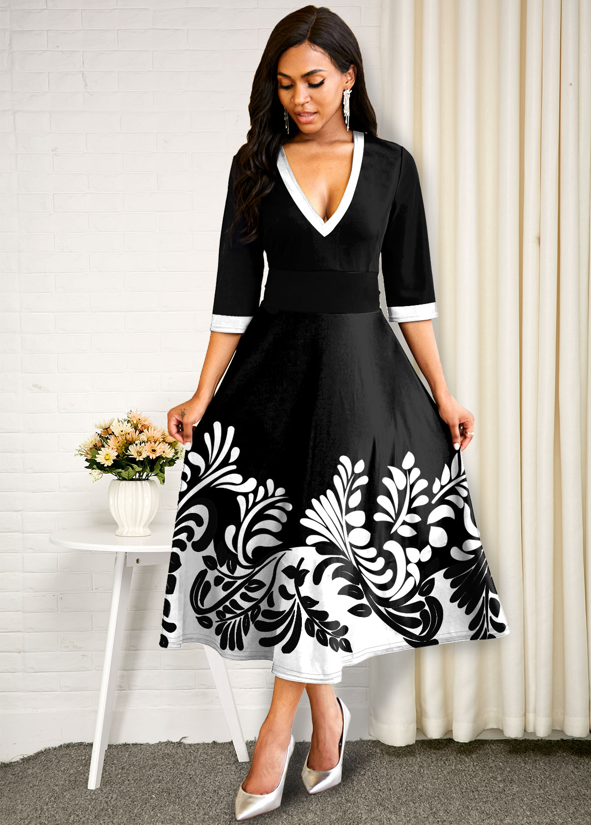 Plunging Neck Plant Print Contrast Dress