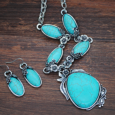 Turquoise Metal Necklace and Earring Set