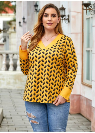 Plus Size V Neck Tribal Print Sweatshirt - 1X