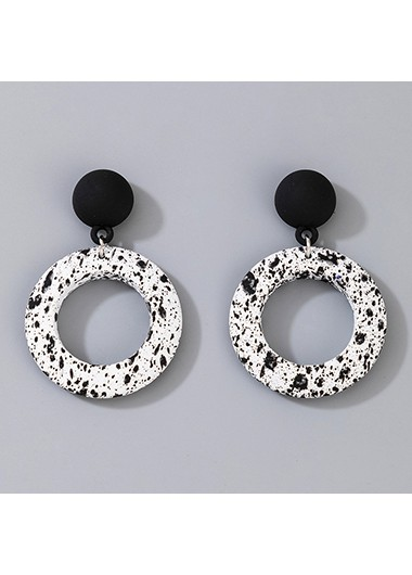 White Ring Shape Contrast Earring Set - One Size