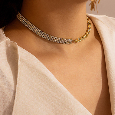 Rhinestone Detail Gold Metal Chain Necklace