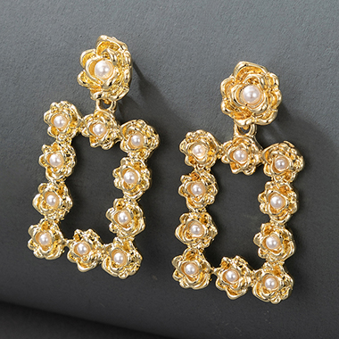 Pearl Detail Gold Metal Earring Set