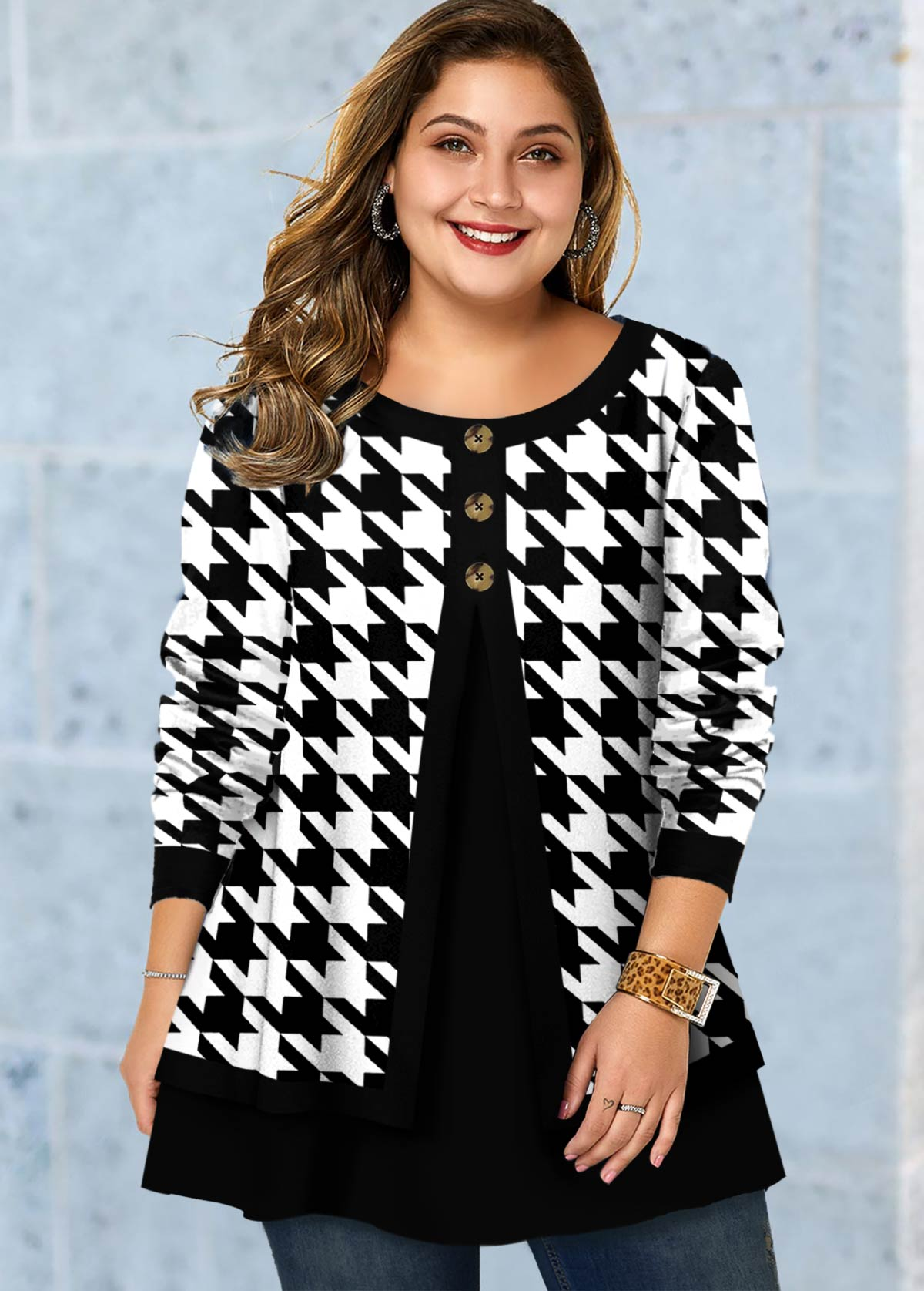 Plus Size Houndstooth Print Button T Shirt