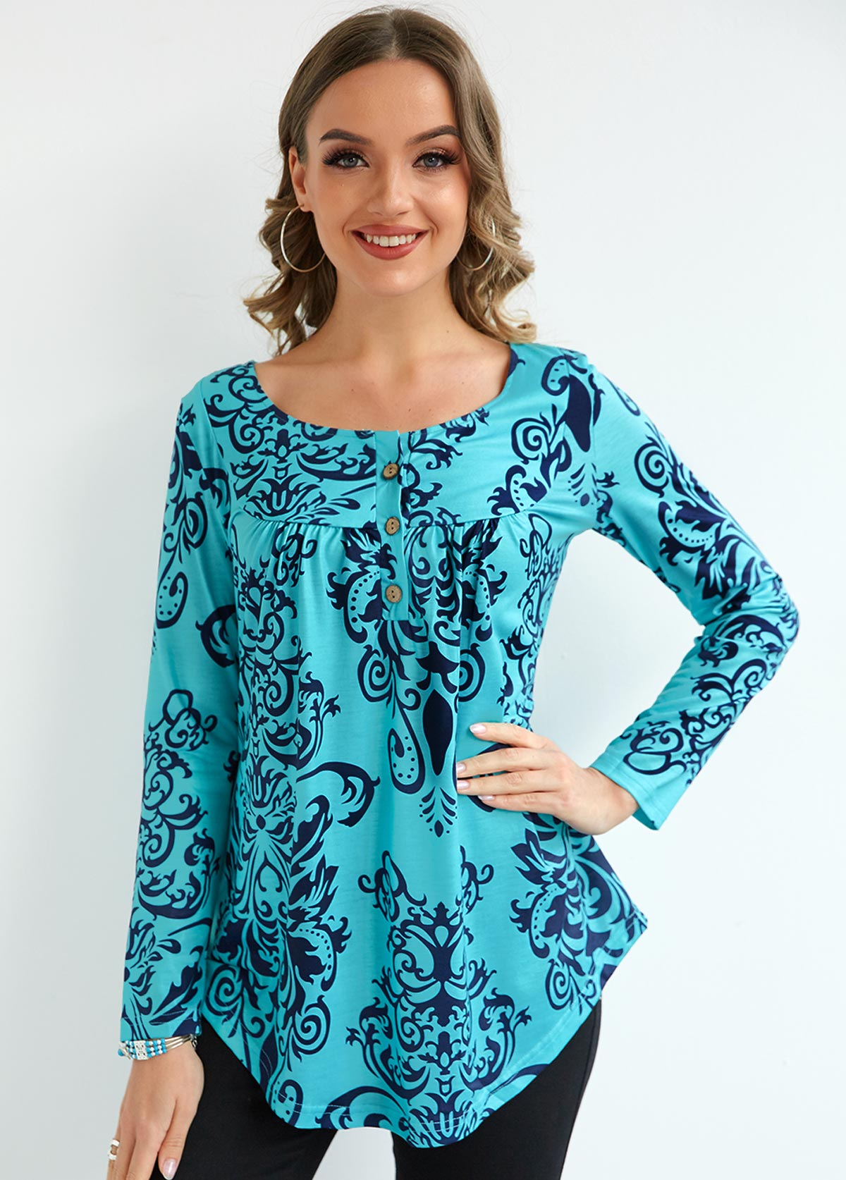 Printed Long Sleeve Button Pleated Blouse