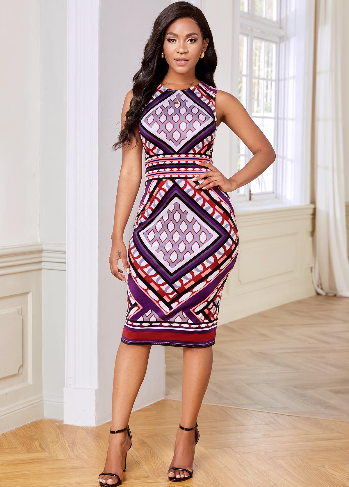 Geometric Print Sleeveless Keyhole Back Dress