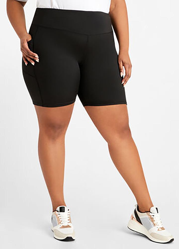 Plus Size High Waist Solid Pocket Detail Shorts