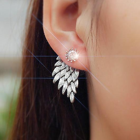 Rhinestone Detail Wings Design Silver Earring Set