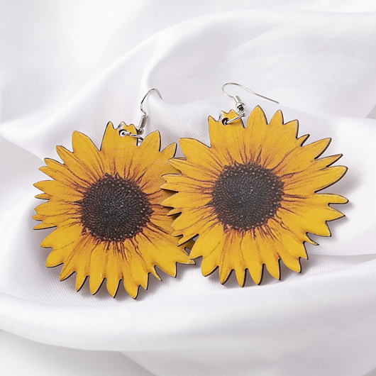 Wooden Design Sunflower Detail Yellow Earring Set