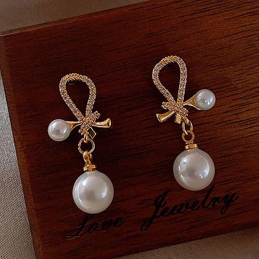 Bowknot Design Gold Pearl Detail Earring Set