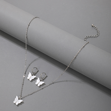 Butterfly Design Silver Metal Detail Necklace Set