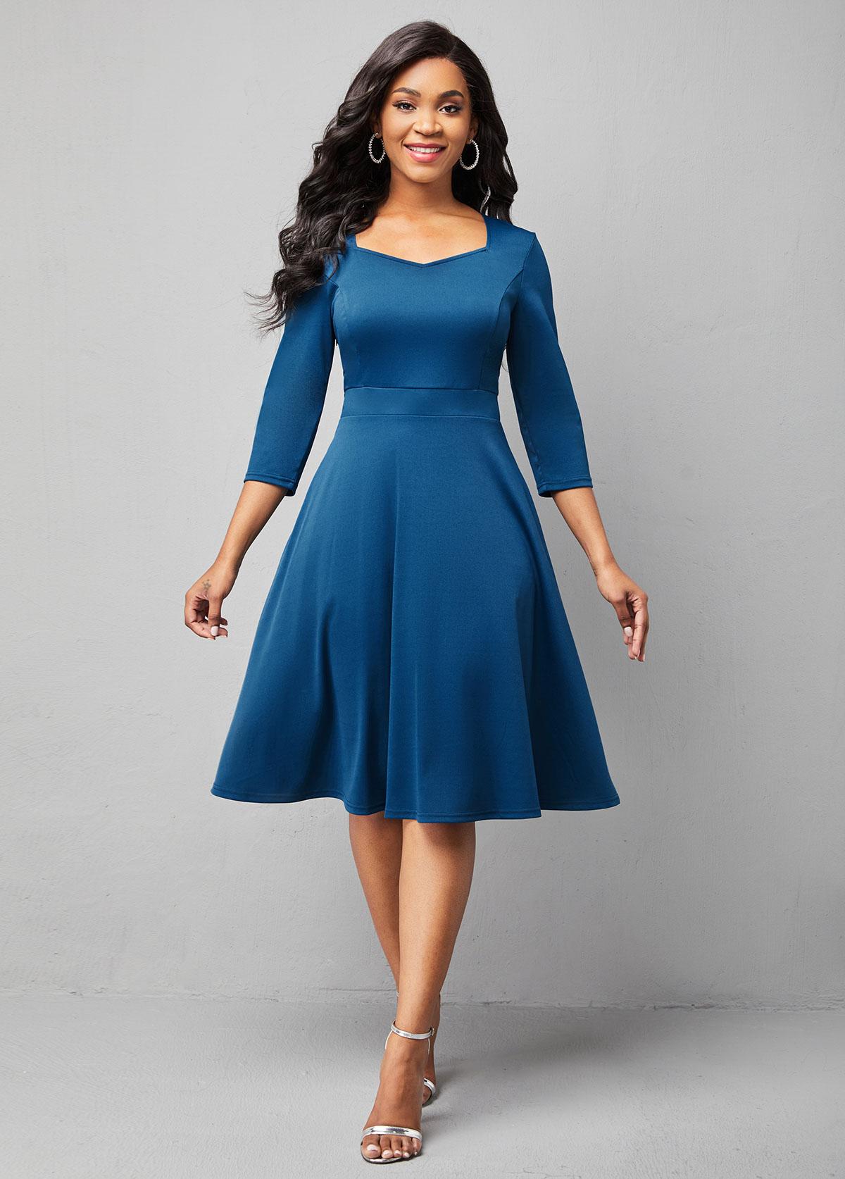 Solid 3/4 Sleeve Sweetheart Neckline Dress