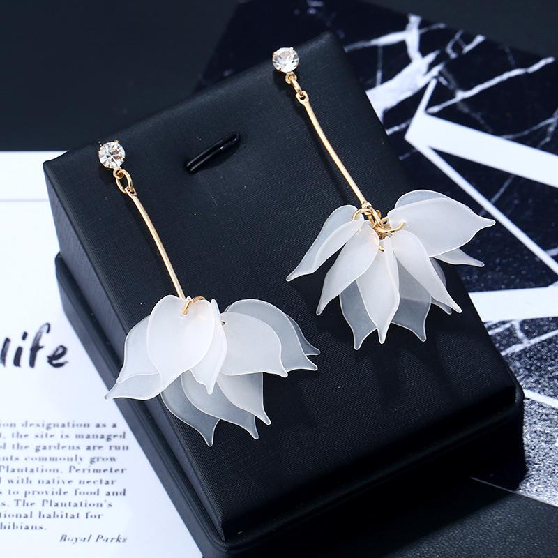 Floral Design Layered Metal Detail Earrings